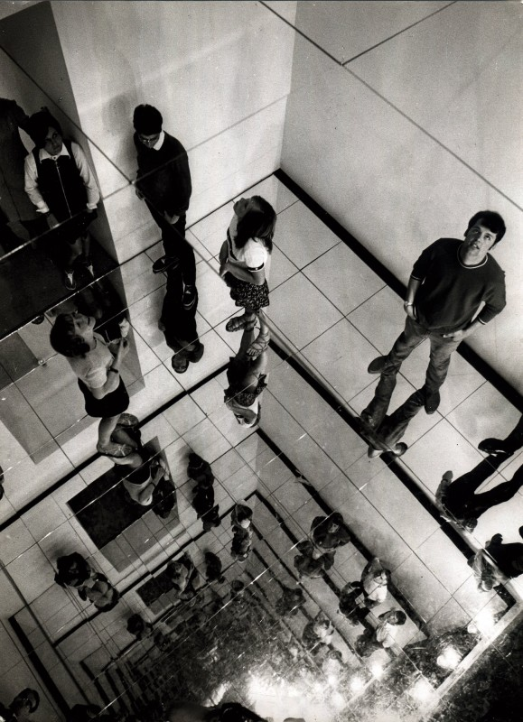 CHRISTIAN MEGERT, Exhibition view: Mirror environment, documenta 4 Kassel, 1968, 600x500x400cm, wood, mirror, mirror foil